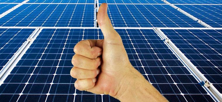 Uw zonnepanelen laten reinigen kent alleen maar voordelen